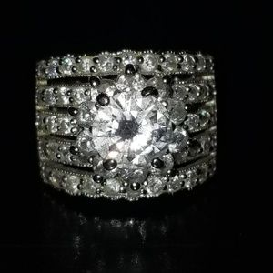 Jewelry - .925 Sterling Silver Flower Wedding Band Ring 6